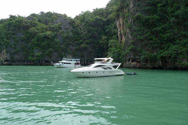 Islands Combo Honeymoon Package- Port Blair + Neil Island + Havelock Island