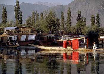 Glimpses of Srinagar - Gulmarg - Sonmarg - Pahalgam Tour