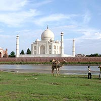 Taj Mahal (Golden Triangle) & Khajuraho (Temples) With Varanasi (Ganges) Tour