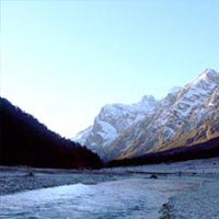 Wonders of Eastern Himalayas Tour