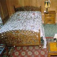 Wonder of Kashmir Houseboat Tour