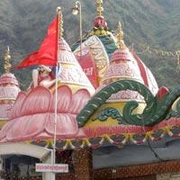 Chandigarh - Manali - Kullu - Dharamshala - Amritsar Tour