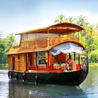 Honeymoon Special'' Kerala Backwater''