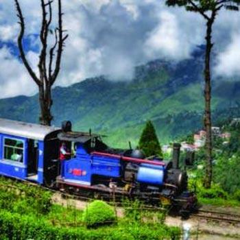 Mirik - Darjeeling - Pelling - Kalimpong - Gangtok Tour