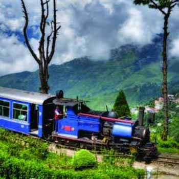 Darjeeling - Pemayangtse ( Pelling ) - Kalimpong - Gangtok Tour