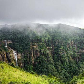 Abode Of The Cloud (Shillong - 3N) Tour Package