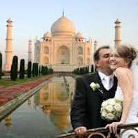 Taj Mahal for Honeymooners Tour