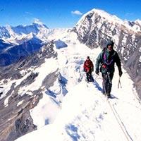 Chulu East Peak (6584m) Tour