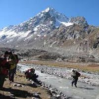 Hampta Pass Trek Tour