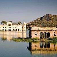 Jaipur Lake palace