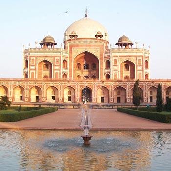 Delhi, Agra Tour