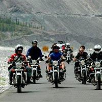 Discover Ladakh by Bike