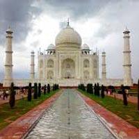 Taj Mahal Tour With Khajuraho Tour