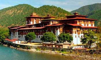Phuentsholing 2n – Thimphu – Wangdue / Punakha  – Bumthang – Paro Tour