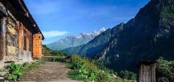 Saraumga Pass Trek: Challenging trek from Kasol to Spiti