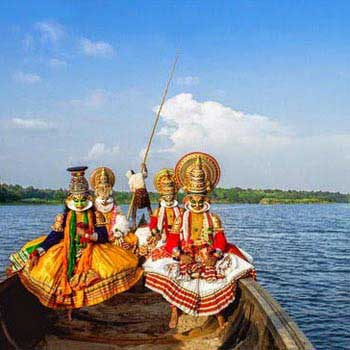 Athirapally - Munnar - Thekkady - Alleppey - Madurai Tour