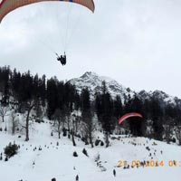 Paragliding in Solang Valley (winters)