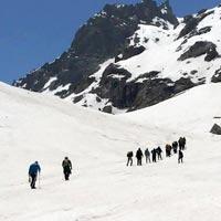 Trail to Hampta Pass