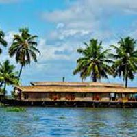 Short Escape to Athirapally and Kumarakom