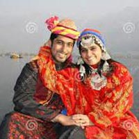 Kashmir Houseboat Packages
