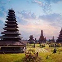 TASTE OF MALAYSIA & BALI TOUR