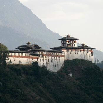 7 Days Bhutan Trip By Air Tour