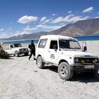 Offroading 4×4 Trip Till The Edge of The World ( Ladakh ) Tour