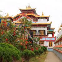 Pelling - Gangtok - Darjeeling - Kalimpong Tour Package