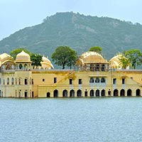 Golden Triangle with Historical Monuments Tour