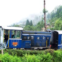 Student Trip In Darjeeling Queen Of Hill Station