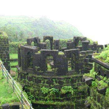 Raigad Fort Trek & Shivtharghal 01 Night / 02 Days Tour