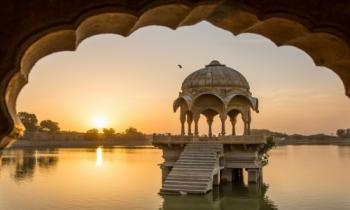 5 Days Delhi–Agra–Jaipur–Delhi Tour