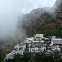 Vaishno Devi Patnitop Tour Package