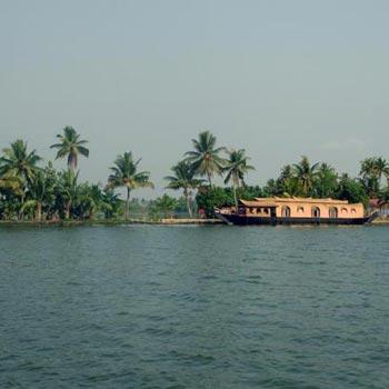 Alleppy-Cochin Tour