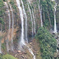 Golden Himachal With Agra Tour