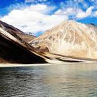Leh, Monasteries, Pangong Lake & Khardungla Top 04 Nights / 05 Days Tour