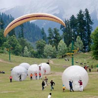 Delhi - Chandigarh - Manali - Dharamsala Package