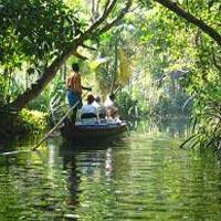 Kerala monsoon Tour Package 5 Nights 6 Days With  Free Ayurvedic Massage