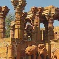 Mandu Tour with Omkareshwar