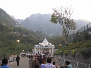 Kashmir with Vaishnodevi  Tour
