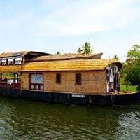 Essence of Kerala Tour