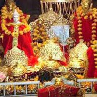 Vaishno Devi - Haridwar - Rishikesh - Delhi Tour