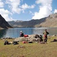 Group Tours /Kashmir-gulmarg-pahalgam (7 Days / 6 Nights)