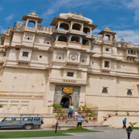 Golden Triangle with Fort and Palace of Rajasthan Tour
