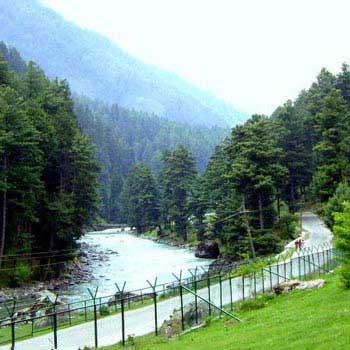 Explore Kashmir With Vaishnodevi Package