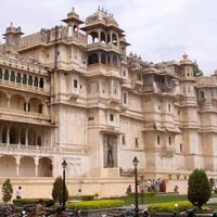 Golden Triangle Udaipur Tour