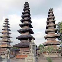 Mh005 Bali-Senggigi Tour