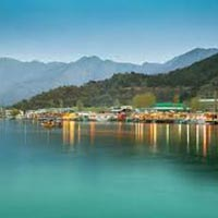 Kashmir Tour Package 4 Nights 5 Days