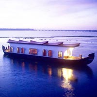 Kerala Backwaters - Luxury Cruise Tour