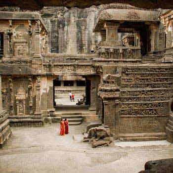 Sun Sand & Cave Temples Tour